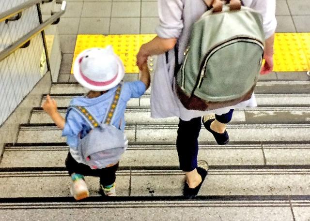 お子様と一緒に使えるバッグ